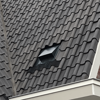 Plaatsing horizontale dakdoorvoer